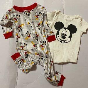 🍀Mickey Mouse pajamas & onesie set! : )